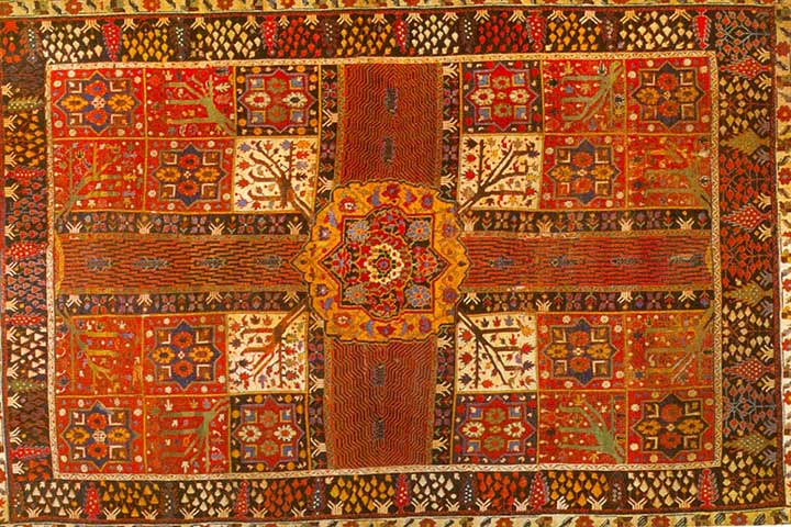 بهارستان یک فرش ایرانی در زمان ساسانی